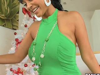 Merry X-Mas, to all our Bangbros fans! We're back with one more sexy mother I'd like to fuck for u on this week's mother I'd like to fuck Lessons! Hotass Indian sweetheart Priya Rai! Awesome! Mike has a present for the sexy Priya. This Babe unwraps her gift and to her amazement, it's Mike's dick in a box! That's exactly what that honey wanted from Santa. Since this babe's been as a result good (in the nasty way) this year, Mike decided to give her her present now. This Guy fucked her as a result good that Priya squirted all over his knob. Mike didn't mind the water works. This Chab had his face stuffed in her wet wet crack, licking away. This Guy gave her his knob until this guy dropped a load of cum on her abdomen. Don't miss out on this holiday particular. It's your Christmas Threshold gift! Have A Fun!