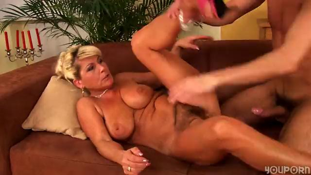 Horny aged Berna loves to fuck